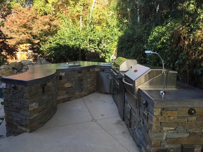 Custom Outdoor Kitchen by Custom Image Hardscape