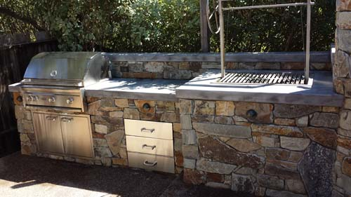Outdoor Kitchen - Rotisserie & Range